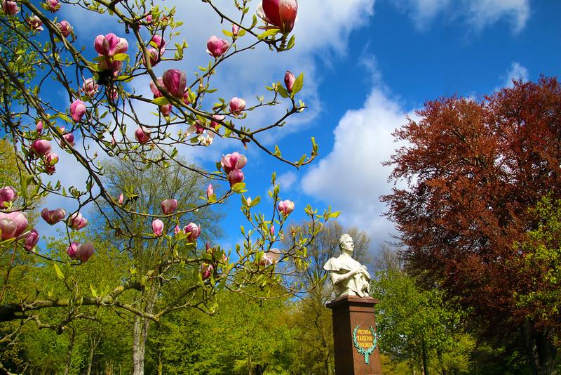 Bad Homburg Germany, Kurpark Bad Homburg, Kaiserin Victoria Statue