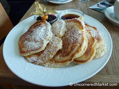 Pancakes at Blaues Band - Prenzlauer Berg, Berlin