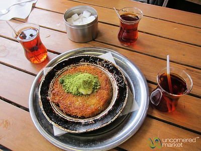 Künefe and Turkish Tea at Gel Gör - Kreuzberg, Berlin