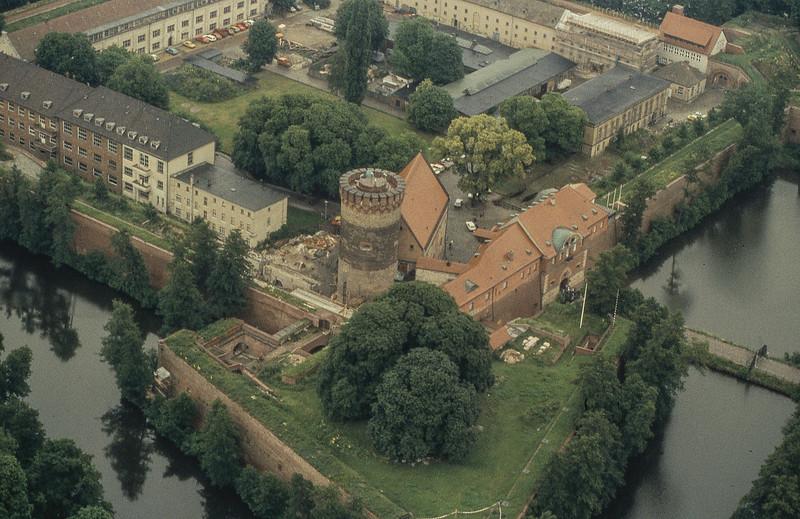 Spandau (West Berlin)