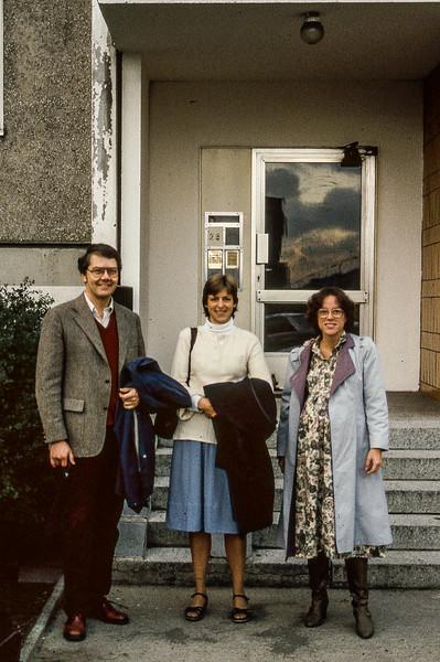 Charles & Gretchen Carlson in Front of Arnold Zweig Apt