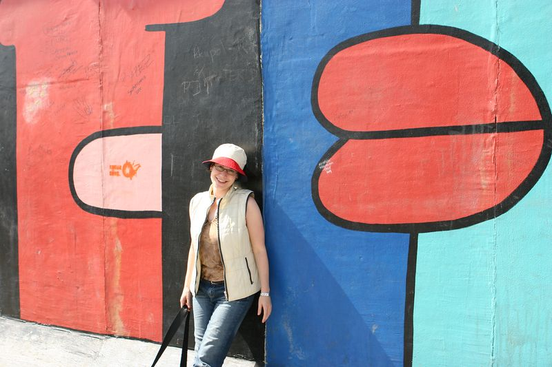 Terri, Berlin wall