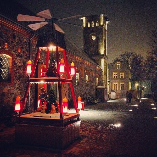 After the bagpipes and fire juggling, Medieval Christmas market, Britz Castle #Berlin