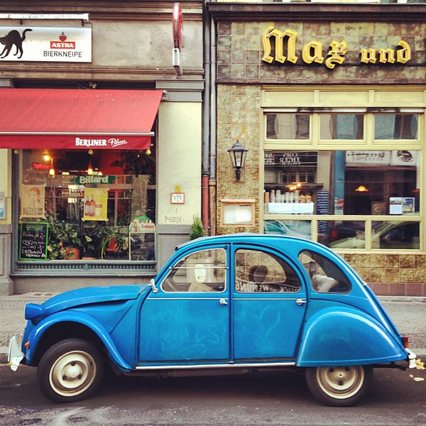 Deux Chevaux, the two-horse #hipster wagon of choice #Berlin