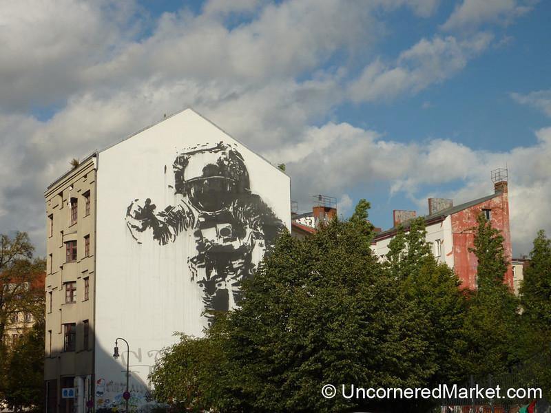 Space Age Street Art - Berlin, Germany