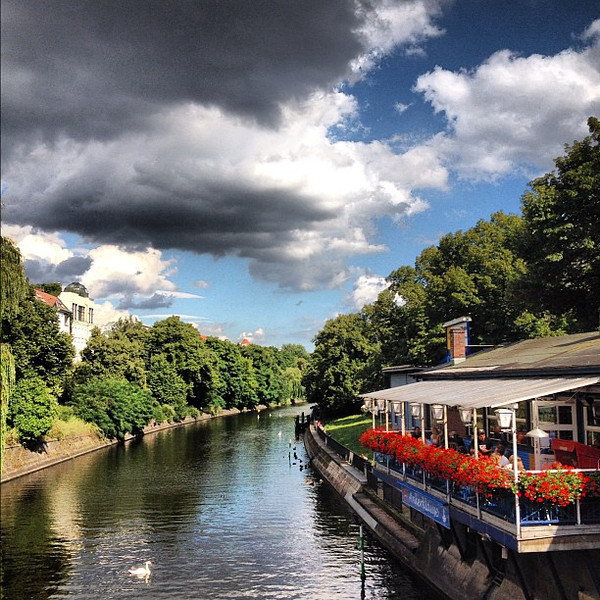A #Berlin summer on the canal
