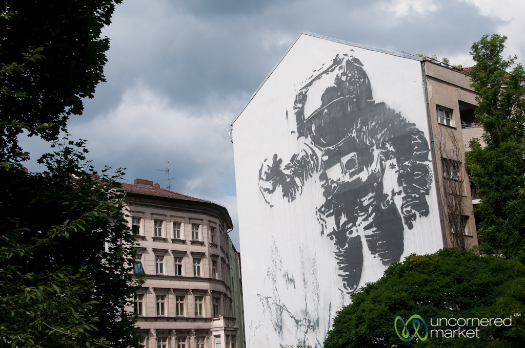 Kreuzberg Street Art, Floating Astronaut by Victor Ash - Berlin