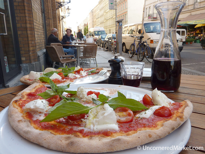 Fantastic Pizza at Papa Pane in Mitte, Berlin