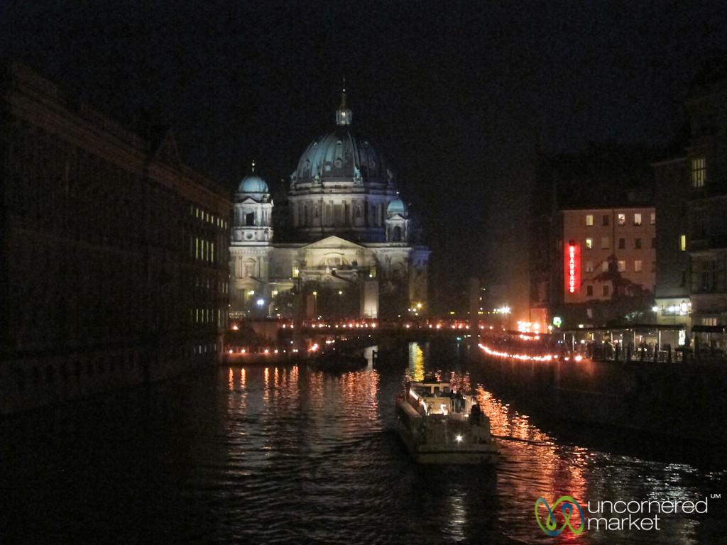 Berliner Dom at Night
