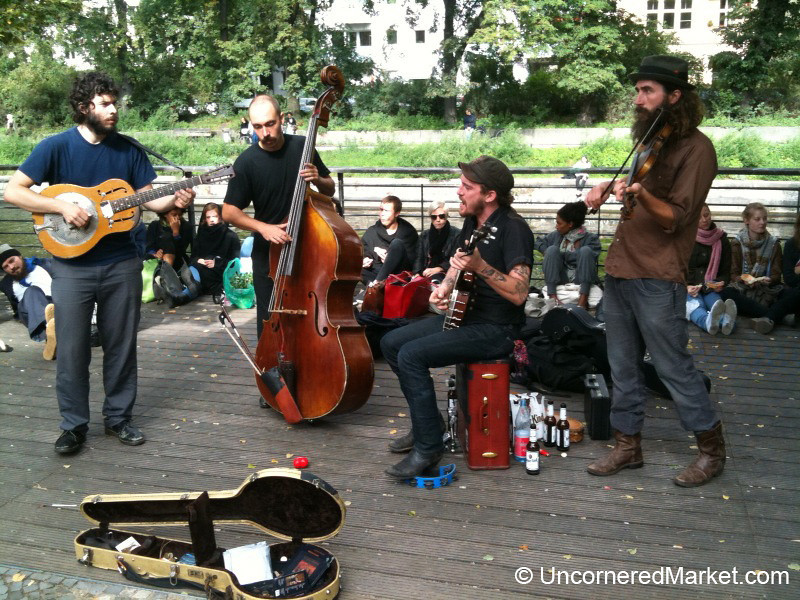 An American Bluegrass Band in Berlin - Kreuzberg Market