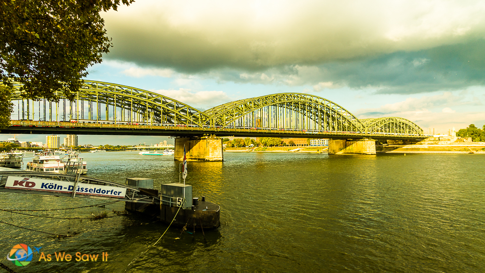 Hohenzollern Bridge, Cologne, Germany.