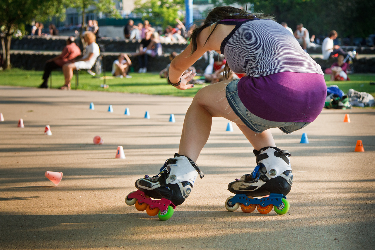 Life scene near the Rhein. A very talented roller girl in action there!