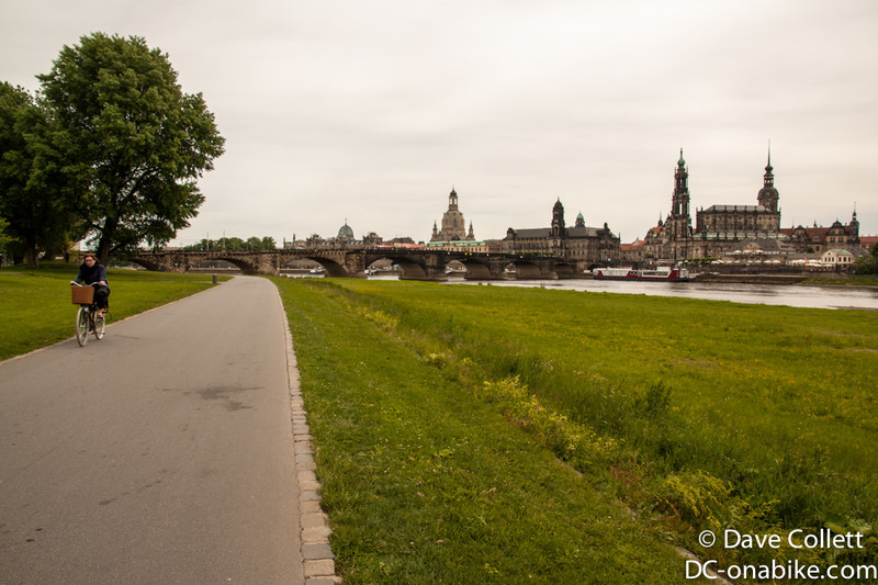 Cycle paths beside the river in Dresden