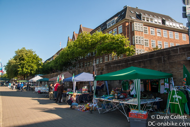 Riverside market in Bremen