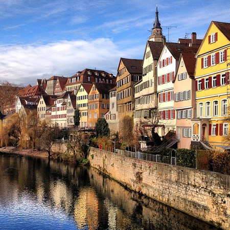 Thübingen, en route to the Weinachtsmarkt. Clear skies in Baden-Wurttemburg.