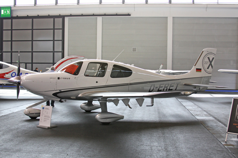 D-ERET Cirrus Design SR-22T c/n 0013 Friedrichshafen/EDNY/FDH 19-04-12