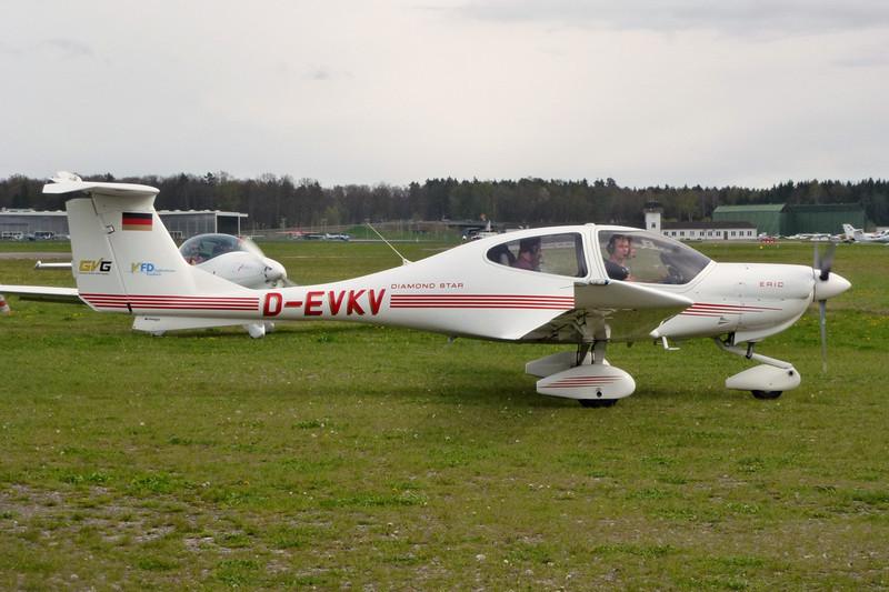 D-EVKV Diamond DA-40 Star c/n 40.350 Friedrichshafen/EDNY/FDH 20-04-12