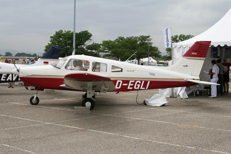 D-EGLI Piper PA-28-161 Warrior III c/n 2842239 Lyon-Bron/LFLY/LYN 17-06-06