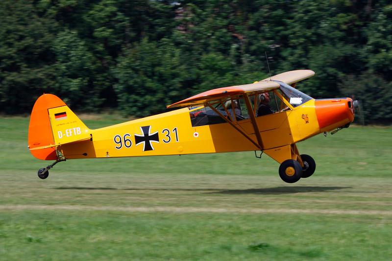 D-EFTB (96+31) Piper L-18C 95 Super Cub c/n 18-3455 Schaffen-Diest/EBDT 12-08-12