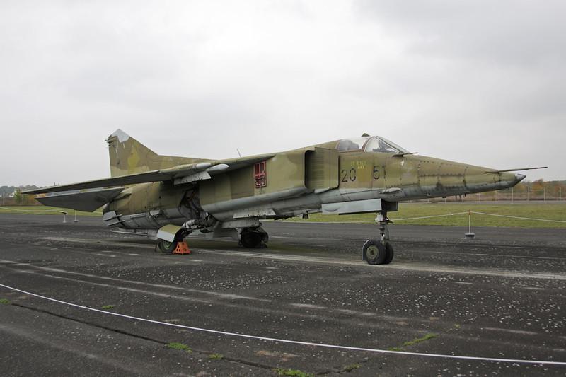 """20+51 Mikoyan-Gurevich MiG-23BN """"East German Air Force"""" c/n 0393214225 Berlin-Gatow/EDBG/GWW 21-10-09"""