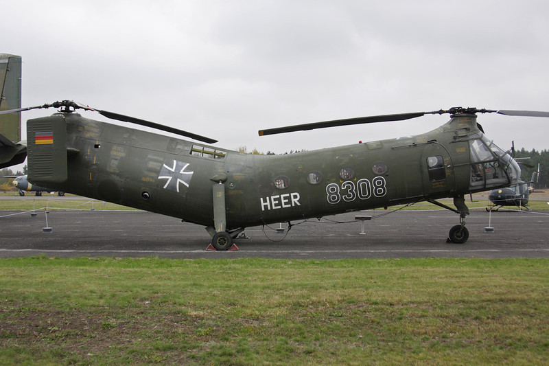 """83+08 Piasecki H-21C Shawnee """"German Air Force"""" c/n WG.08 Berlin-Gatow/EDBG/GWW 21-10-09"""
