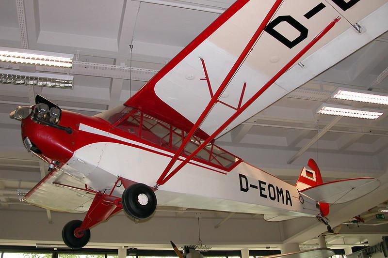 D-EOMA Piper L-4J Grasshopper c/n 12622 Deutsches Museum/Munich 12-07-05