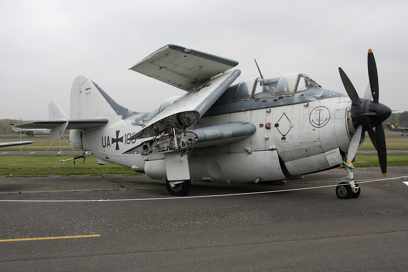 "UA+110 (UA+106) Fairey Gannet AS.4 ""German Navy"" c/n F.9391 Berlin-Gatow/EDBG/GWW 21-10-09"