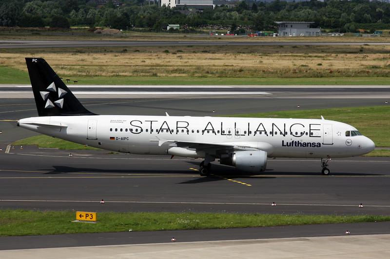 "D-AIPC Airbus A320-211 Dusseldorf/EDDL/DUS 11-07-16 ""Star Alliance"""