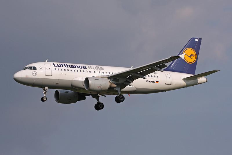 """D-AKNJ Airbus A319-112 """"Lufthansa Italia"""" c/n 1172 Brussels/EBBR/BRU 31-05-09"""