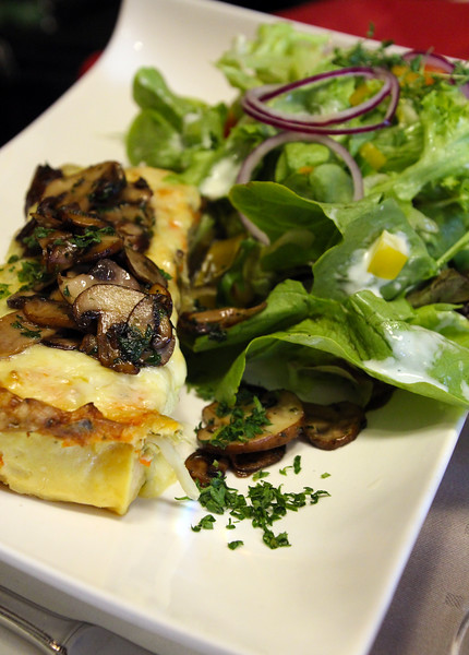 Michelstadt Germany, Restaurant Zum Gruenen Baum, Mushroom Quiche
