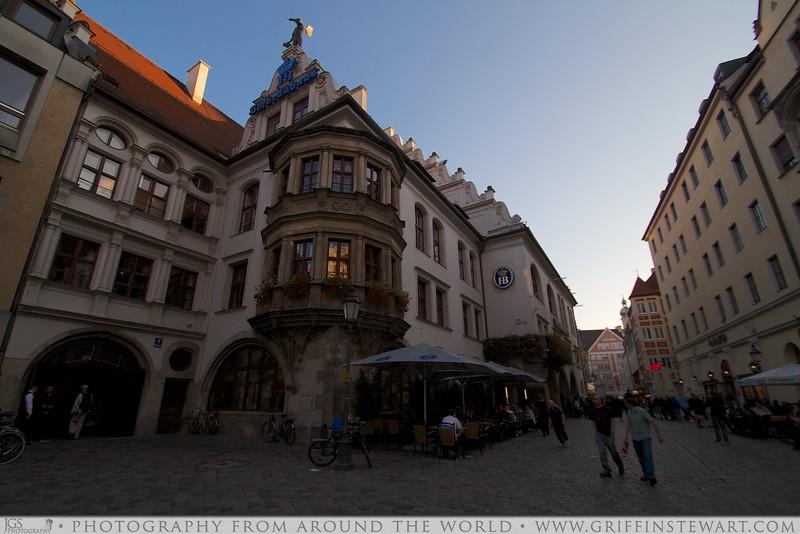 The Hofbräuhaus München