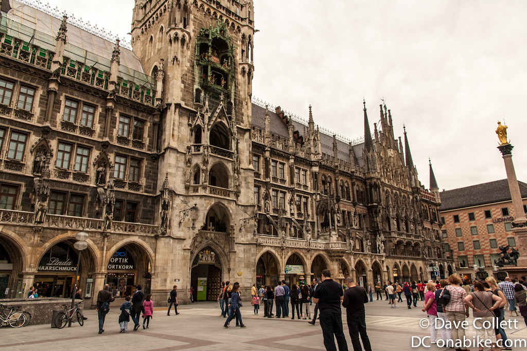 Marienplatz - amazing detail on the building!