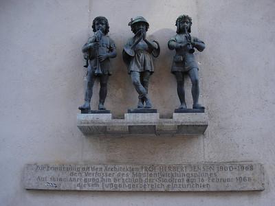 Karlstor Statues, Munich - Germany.