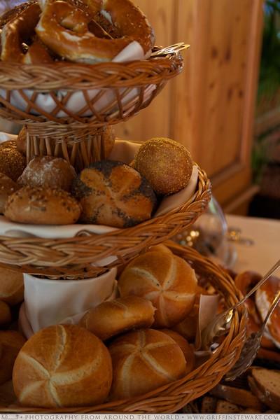 King's Hotel Center Breakfast Bread