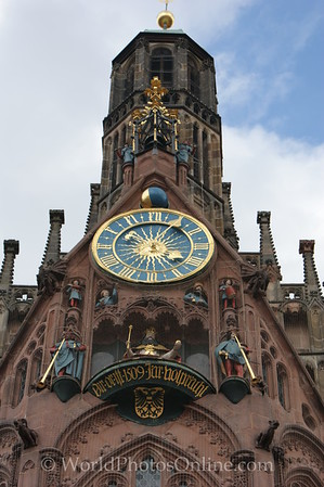 Nuremberg - Hauptmarkt Square - Frauenkirche (Church of Our Lady) - Clock