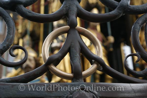 Nuremberg - Hauptmarkt Square - Beautiful Fountain - Gold Ring