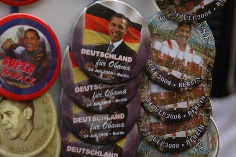 Barack Obama Pins - Berlin, Germany