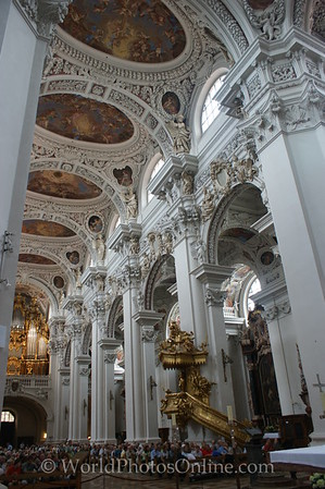 Passau - St Stephan's Cathedral - Nave