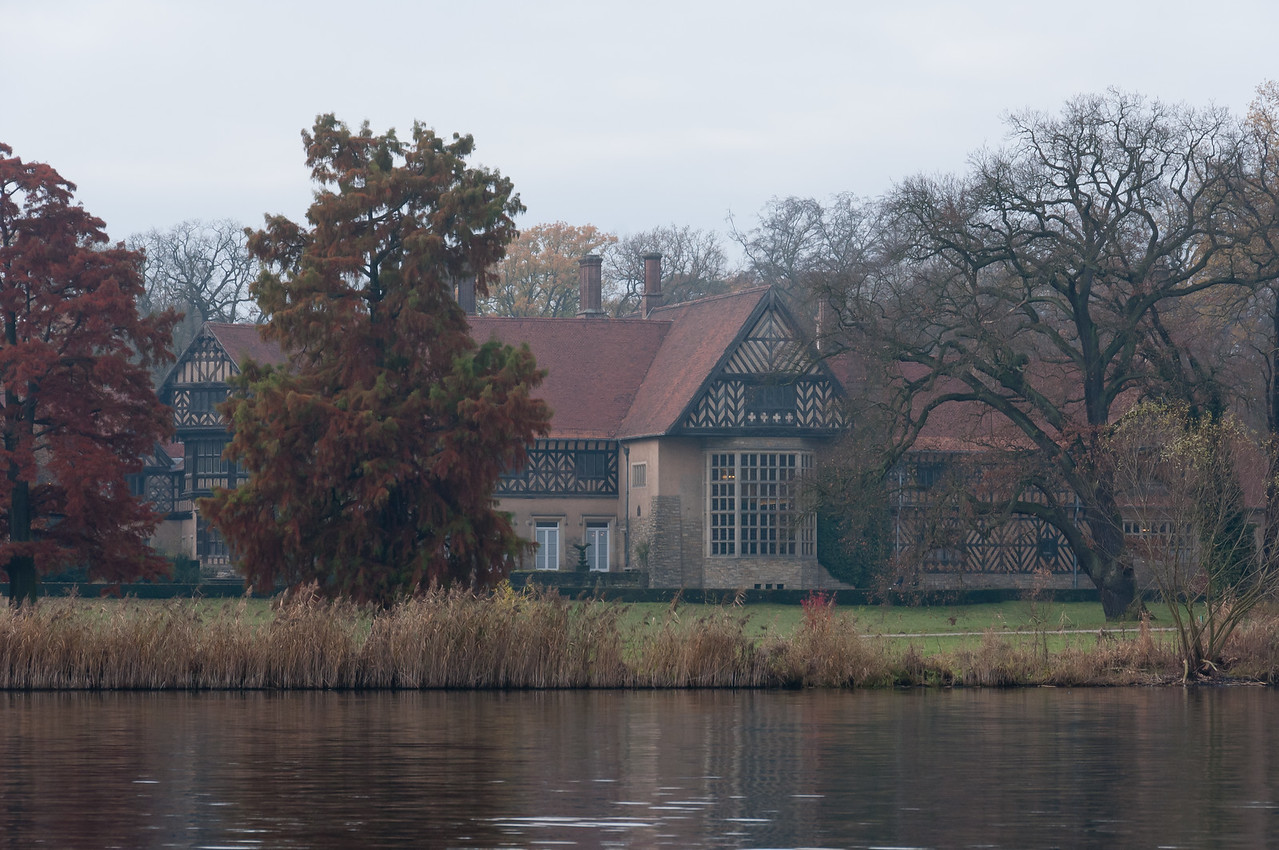 Trees and building at riverbank of Lake Schwielowsee in Potsdam, Germany