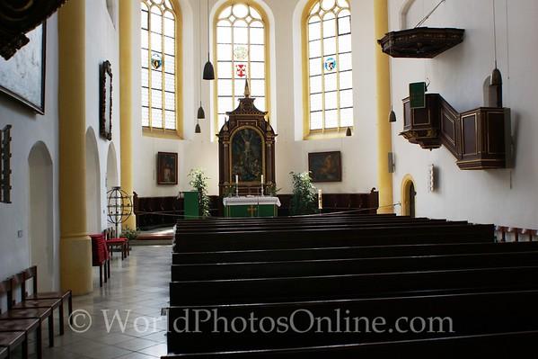 Regensburg - New Parish Church - Nave