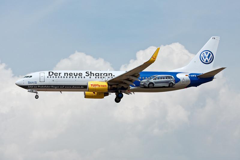 """D-AHFB Boeing 737-8K5 c/n 27982 Frankfurt/EDDF/FRA 01-07-10 """"Die Neue Sharan"""""""