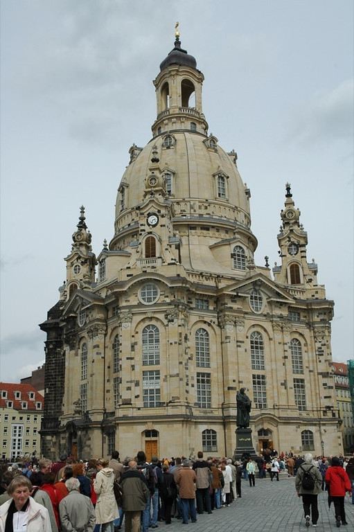 Long Line to the Frauenkirche - Dresden, Germany