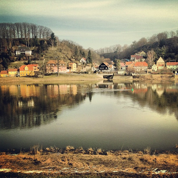 Life on the Elbe. This is the reason to take the train from Prague - Dresden - Berlin.