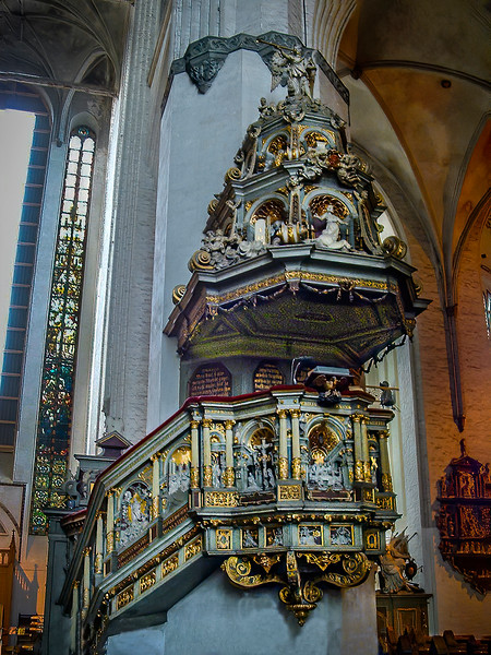Rostock - St. Mary's Church - Pulpit