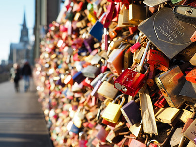 Love locks in Cologne, Germany