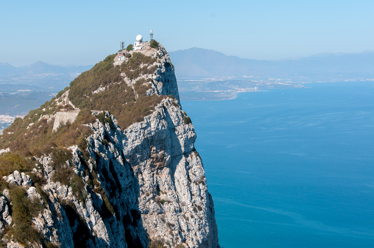 Buildings at the highest point of the cliff i Gibraltar