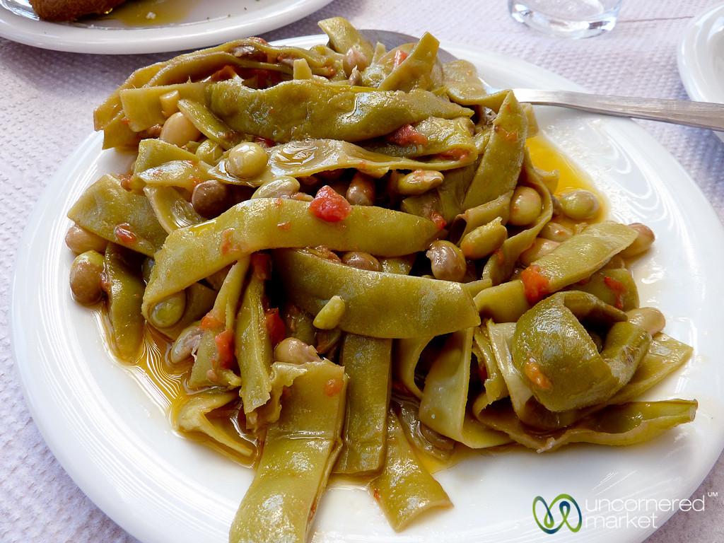 Fasolakia (Beans and Tomatoes) - Crete
