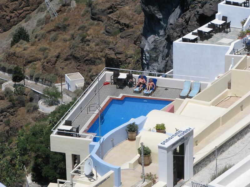 Santorini Greeece- Amateur Traveler