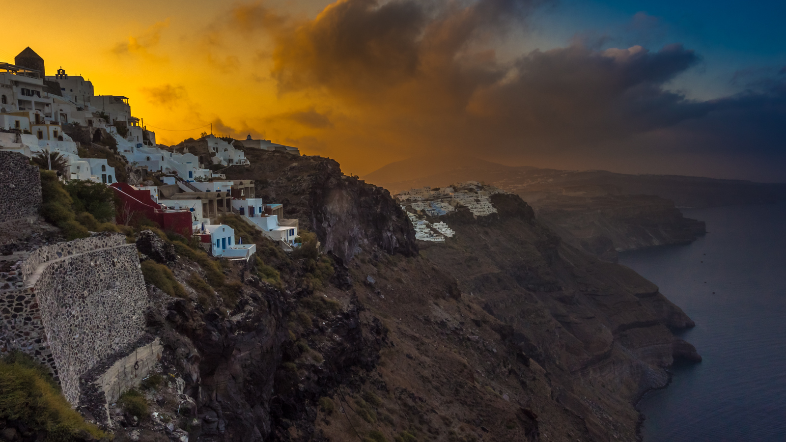 Morning dawns in Santorini