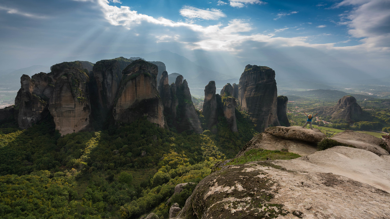 An overview of Meteora in Greece